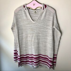 ROXY knitted tan and maroon sweater